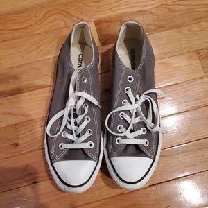 Grey women's Chuck Taylor low top Converse